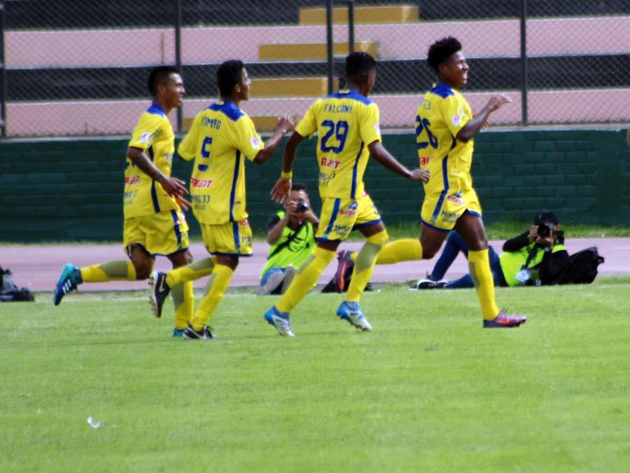 Santos FC derroto 3-1 al UDA de Huancavelica