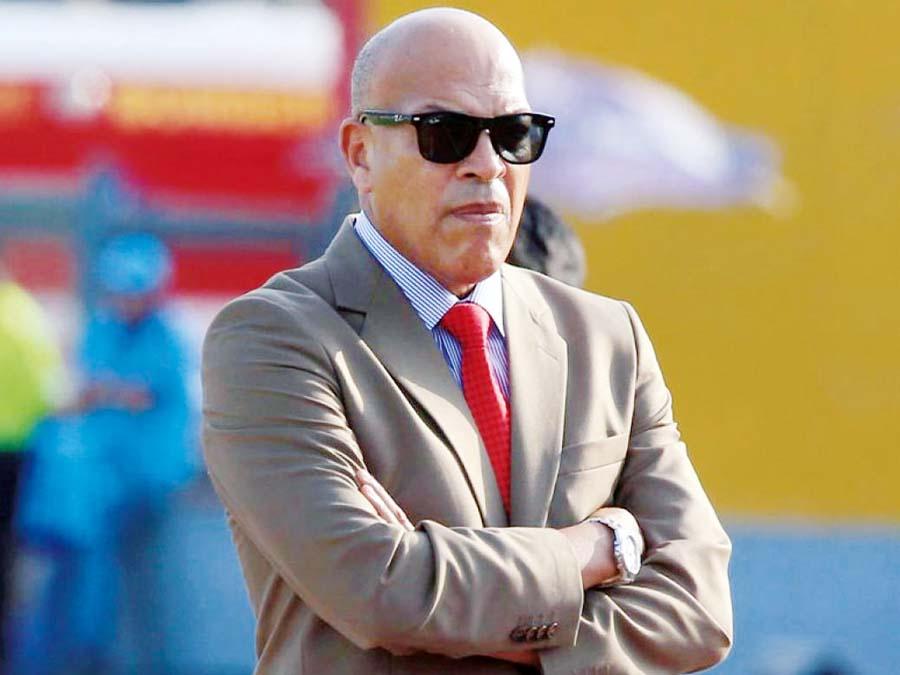 El ex técnico de Cristal y Alianza, Roberto Mosquera no se guardó nada