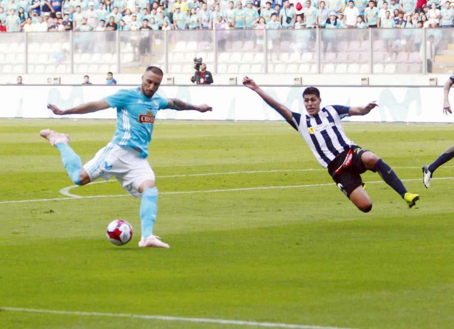 El tercero. Emanuel Herrera, el goleador