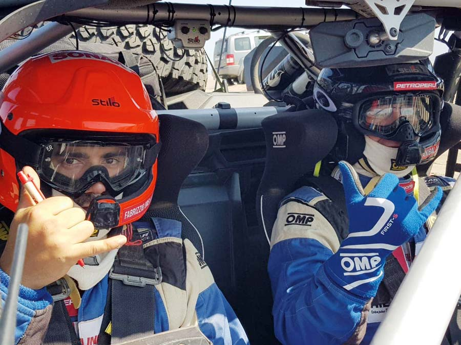 Aníbal Aliaga y su copiloto Fabrizzio Orellana