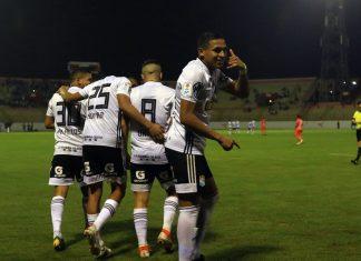 Cristal venció 3-2 a César Vallejo en Trujillo