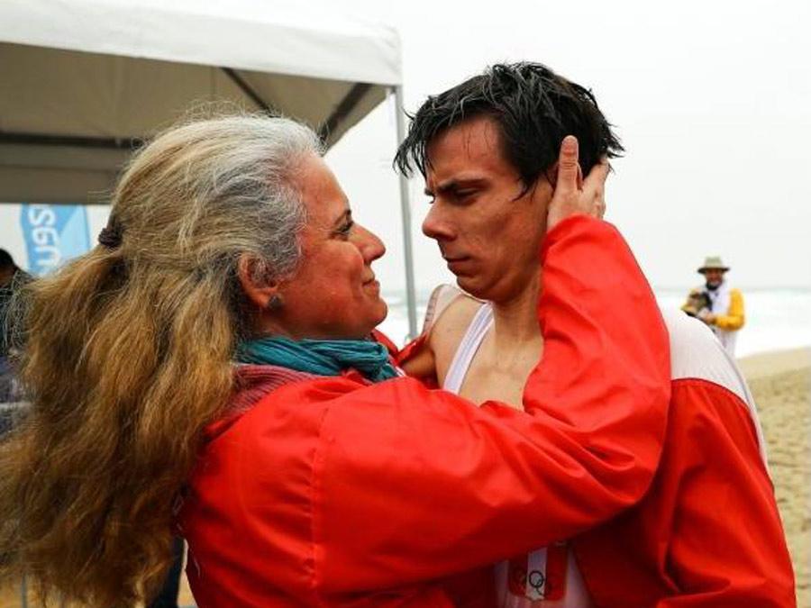 Itzel Delgado con su mamá