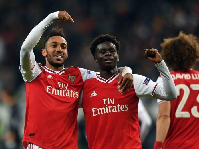 Arsenal goleó 3-0 a Frankfurt