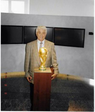 Azi Wolfenson - FIFA en 1996