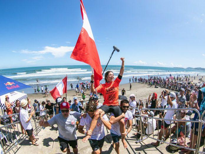 Sofía Mulanovich a sus 36 años, se coronó campeona mundial del ISA World Surfing Games