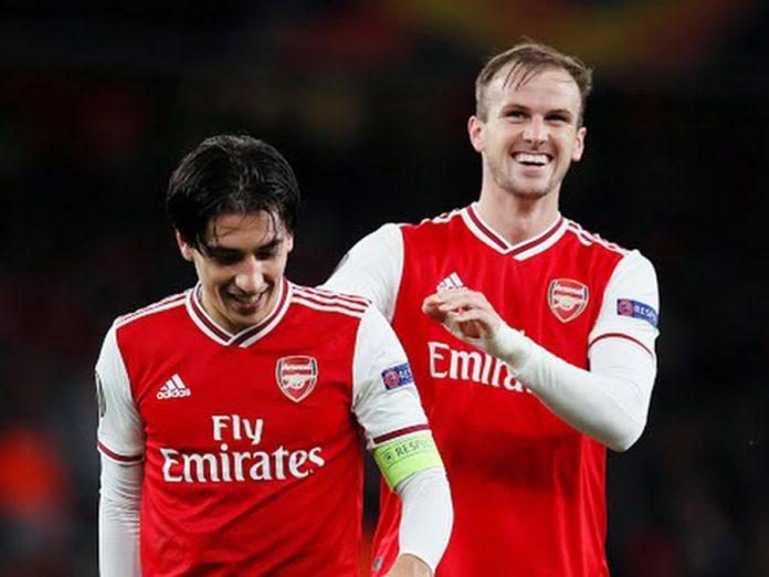Arsenal FC aplastó 4-0 a Standard Lieja