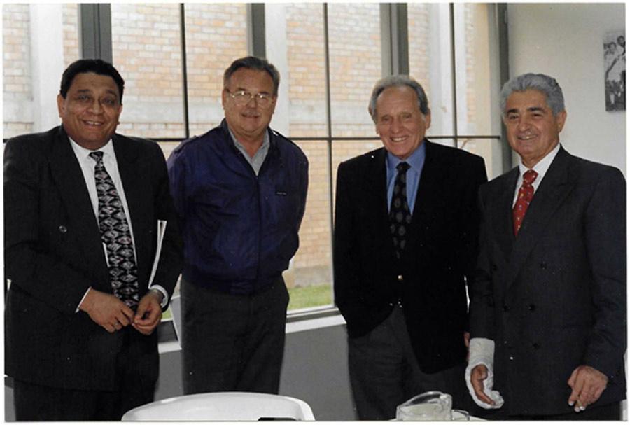 Arturo Woodman con Delfino, Pepe Aramburú y Azi Wolfenson cuando surgió la idea