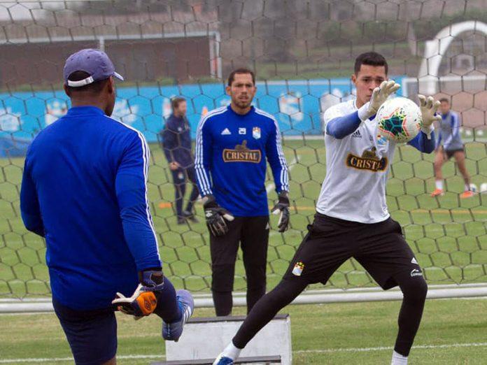 Renato Solís