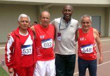 En la foto Jorge Vivas, categoría 70, Jorge Arriola Muller, Moisés Castillo, el DT, y Jaime León Pallete, el medallista de oro
