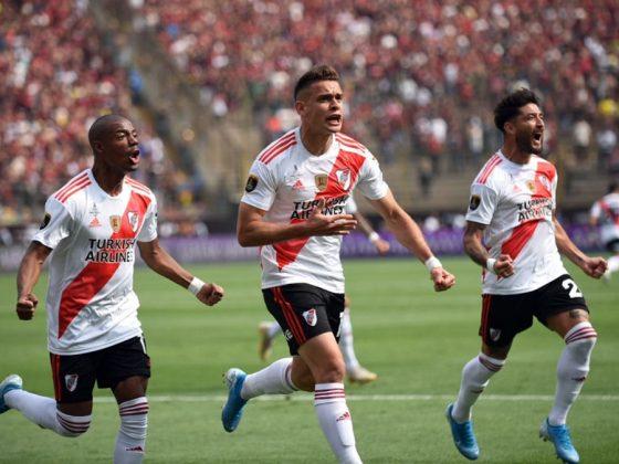 Santos Borré `puso en ventaja a River, pero esto no alcanzó, pues al final todo se esfumó en menos de cuatro minutos