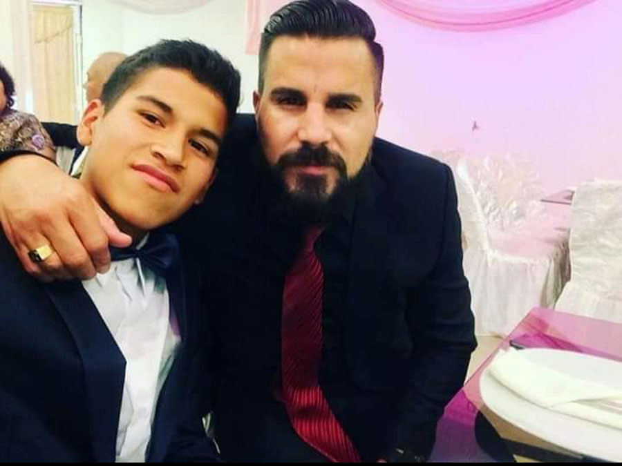 Juan Pablo Vergara junto a su hijo