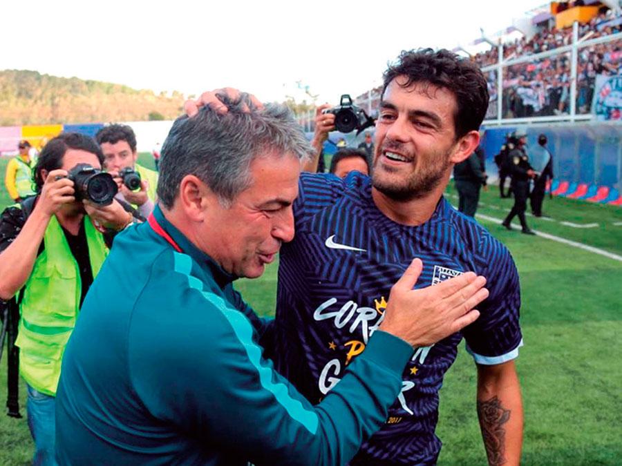 Celebración de Pablo Bengoechea, tras el título de Alianza en 2017