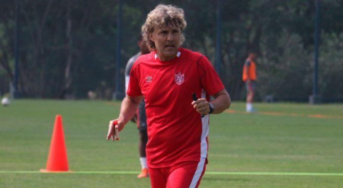 Hector Bidoglio, técnico de la San Martín
