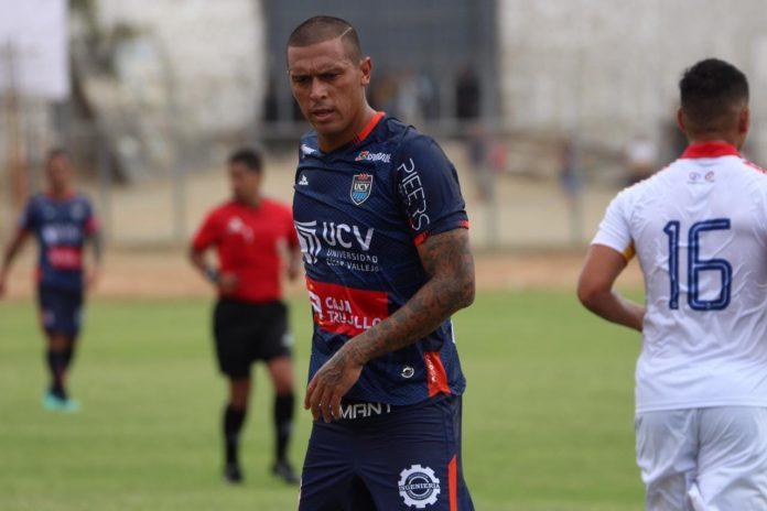 Víctor Aquino