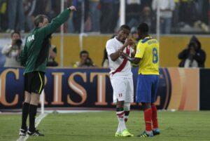 Méndez aclaró el problema que tuvo con Farfán en las eliminatorias de Brasil 2014